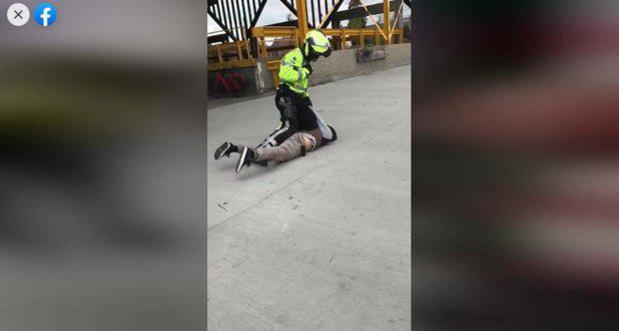 """Na incident met skater op Trax blijft agent actief: """"Hij doet zijn job goed"""""""