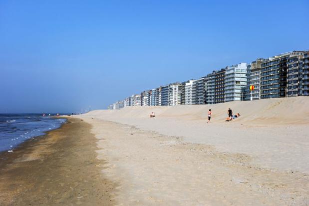 Les touristes et résidents secondaires sont invités à ne pas se rendre à la Côte, La Panne ferme ses frontières
