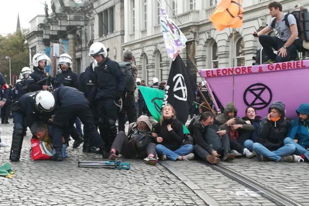 """Extinction Rebellion: """" Il y a des cow-boys dans la police de Bruxelles """"."""