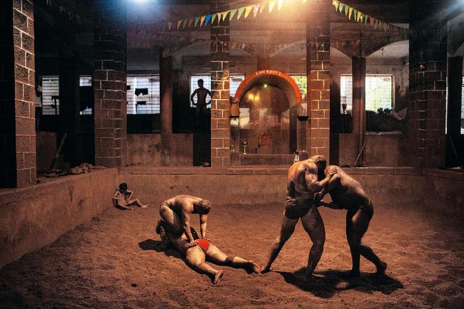 """""""Luttes finales"""": en Inde, la tradition du kushti se perpétue (En images)"""