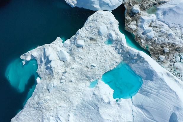 Le fjord glaciaire d'Ilulissat au Groenland en un étonnant time lapse
