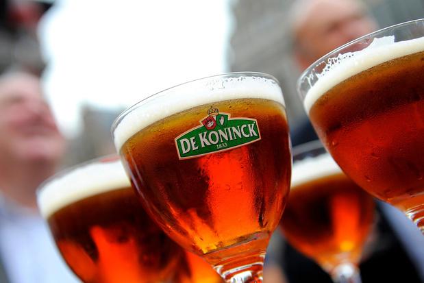 """La bière De Koninck d'Anvers devient officiellement la """"Bolleke"""""""