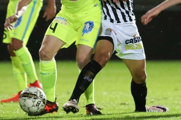 Voetbal Vlaanderen beslist dinsdag of veldvoetbal door kan gaan
