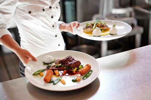 Deux initiatives pour faire tourner les restaurants malgré les mesures anti-coronavirus