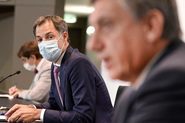 Fin du masque obligatoire dans les commerces et l'horeca, sauf à Bruxelles