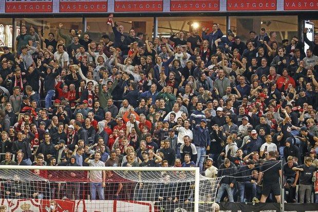 De hype vs het volkse: hoe wordt de nieuwe tribune 4 van Antwerp ontvangen?