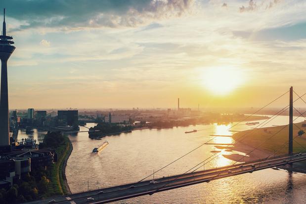 Virée à Düsseldorf: shopping chic dans la vieille ville et promenade le long du Rhin
