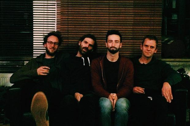 De nieuwe clip van Poppel is een who's who van alternatief rockend Vlaanderen