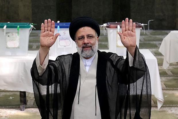 Wie is Ebrahim Raisi, gedoodverfde winnaar van de Iraanse presidentsverkiezingen?
