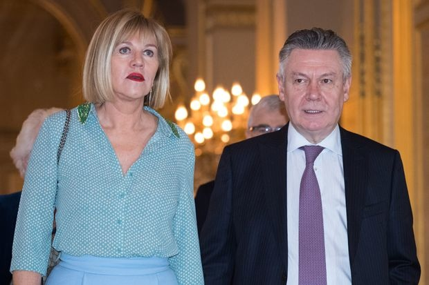 Karel De Gucht mocht verliezen Italiaanse landbouwbedrijf niet fiscaal aftrekken