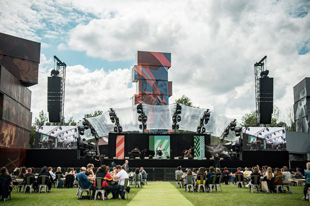 Rock Werchter organiseert de hele maand juli concerten op de festivalweide