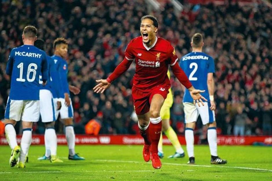 Op bezoek bij 'Speler van het Jaar' Virgil van Dijk: 'Je bent Liverpool voor altijd'