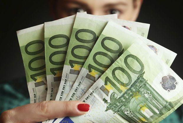 """L'argent, un motif d'inquiétude voire un """"tabou"""" pour les jeunes"""
