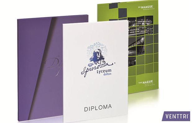 Scholen zijn weer gestart: maak indruk met maatwerk diplomamappen!