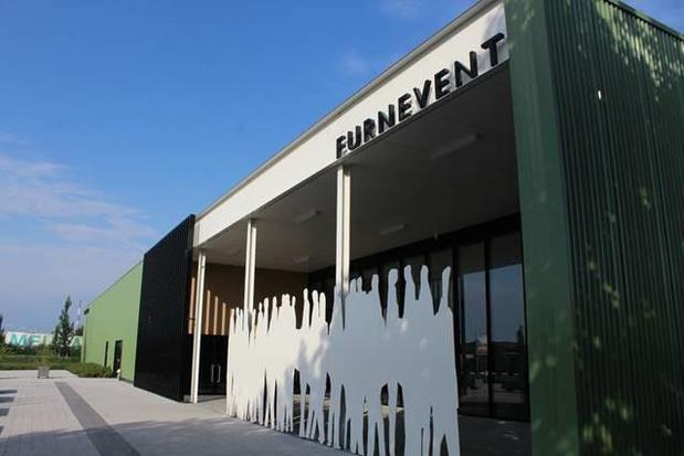 Evenementenhal Furnevent ingericht als afhaalpunt voor verenigingen