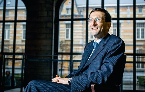 """Etienne de Callataÿ (Orcadia Asset Management): """"Le prêt bancaire n'est pas le bazooka dans le combat contre la crise"""""""