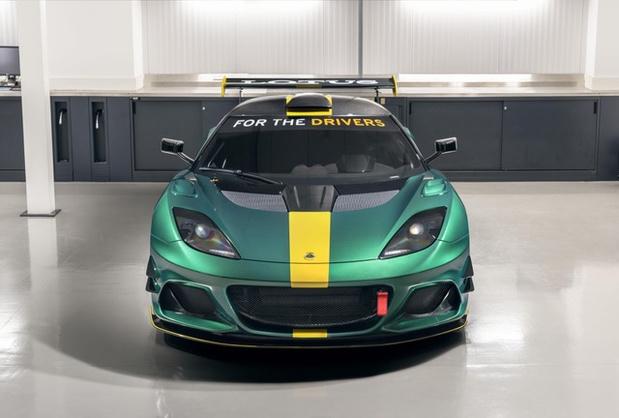 Lotus présente l'Evora GT4 à Goodwood