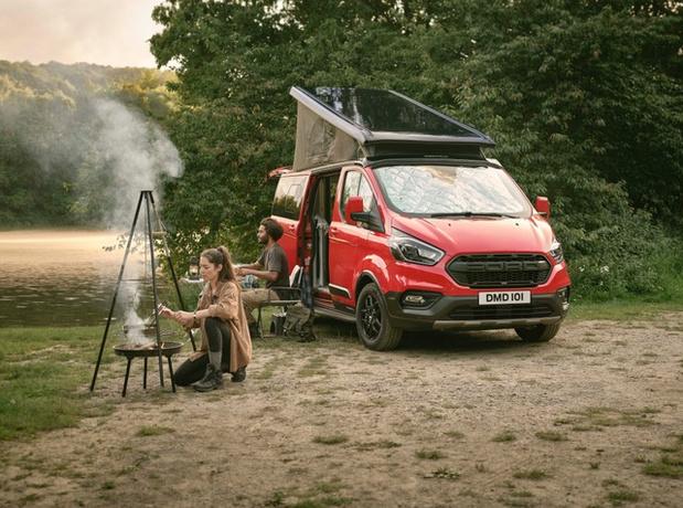 Ford verruimt gamma kampeerwagens