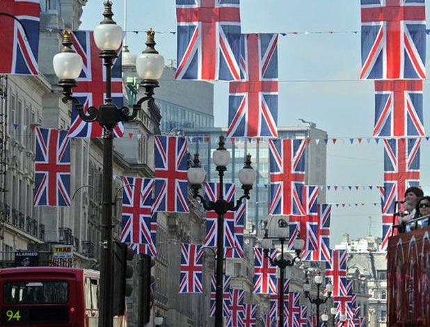 Près de 3.000 magasins ont baissé le rideau au premier semestre au Royaume-Uni