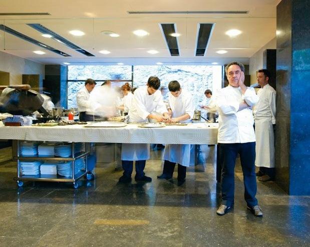 """Le monde d'après: la pandémie, une """"tragédie"""" pour les restaurants, selon le chef Ferran Adria"""