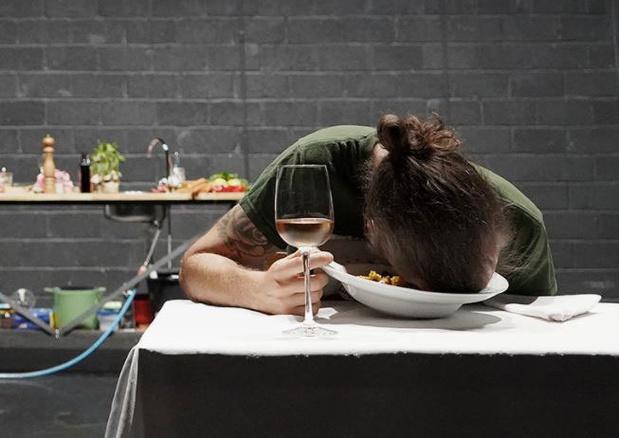 Critique scènes (online): en cuisine pour C'est pas la fin du monde