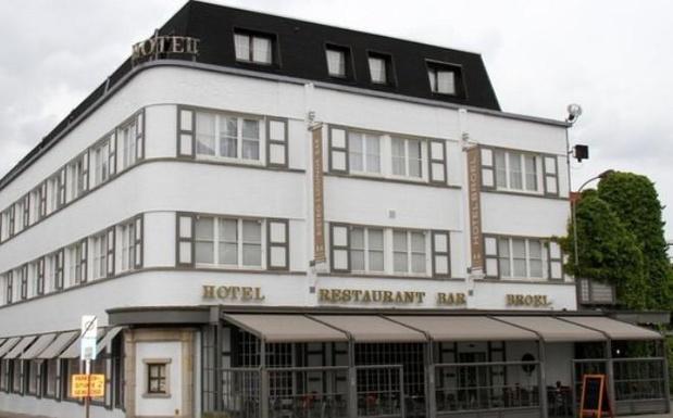 'Urban explorers' veroordeeld voor diefstallen in verlaten Frans kasteel en hotel Broel in Kortrijk