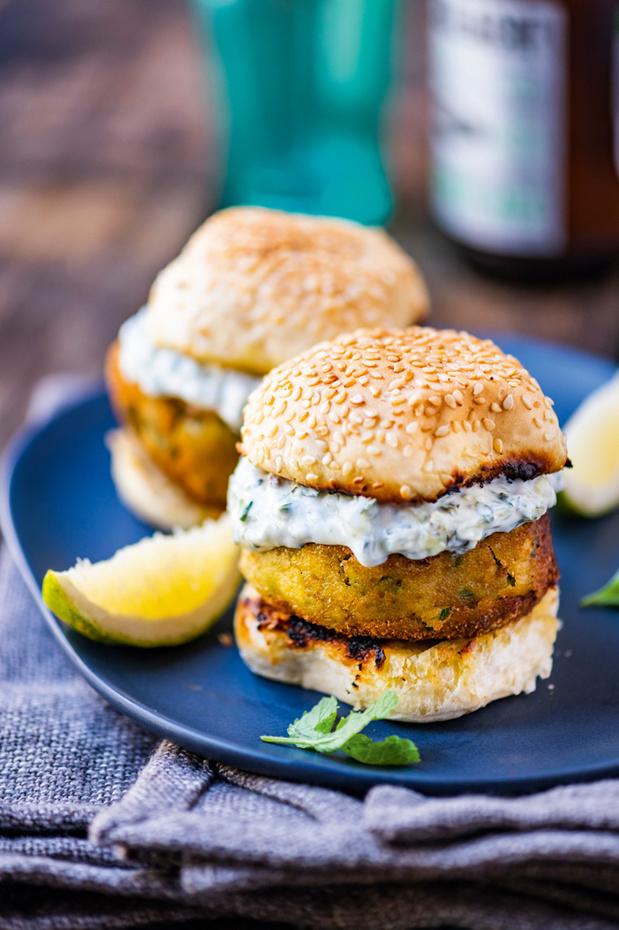 Deux recettes de mini burgers végétariens estivaux