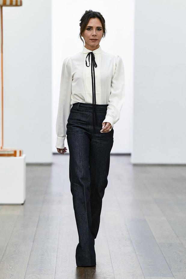 Fashion Week : Esprit seventies chez Victoria Beckham