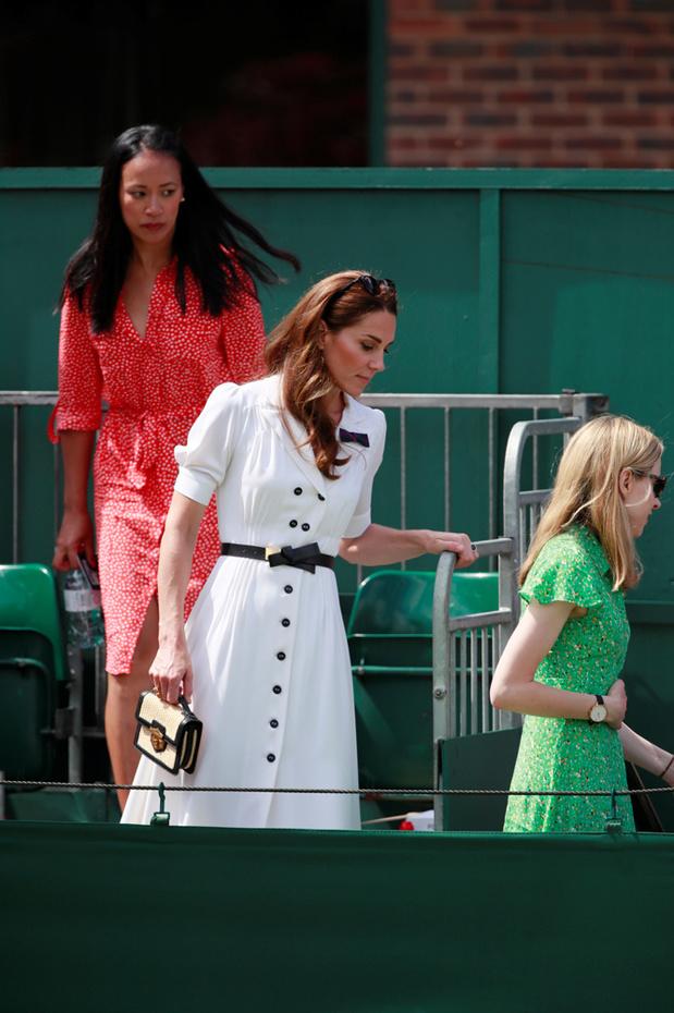 Kate Middleton quitte la tribune royale pour un court annexe à Wimbledon