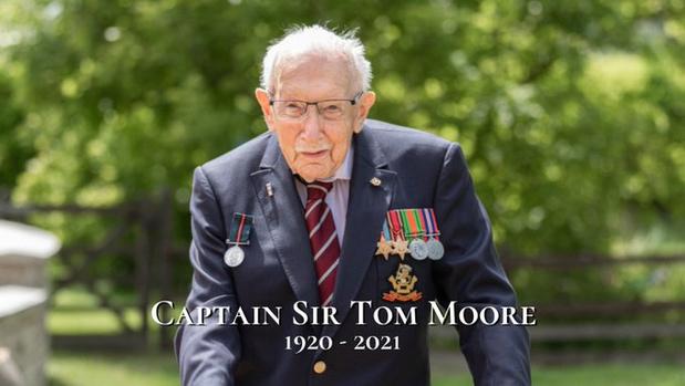 Sir Moore, héros anglais, est décédé à 100 ans