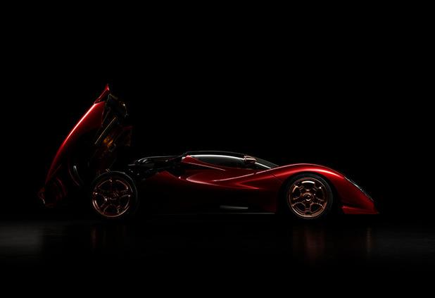 De Tomaso viert 60ste verjaardag met P72