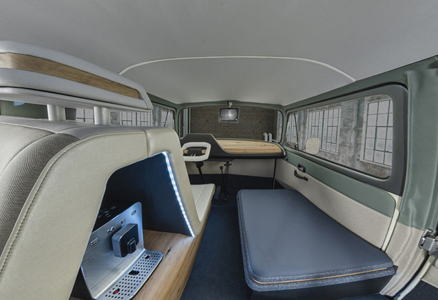 VW T2 Ambienc3 toont interieur van de toekomst
