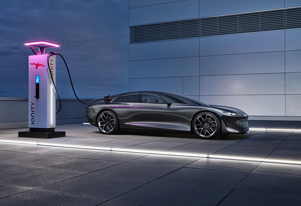 Audi Grandsphere lonkt naar de toekomst