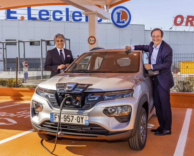 La Dacia Spring en location chez E.Leclerc