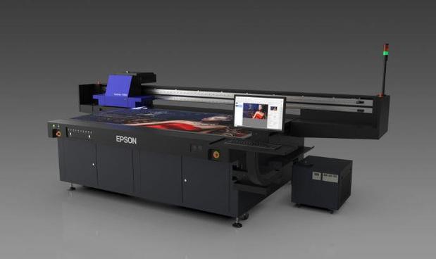 Epson annonce sa première imprimante UV LED à plat