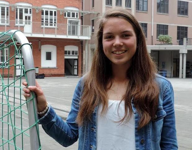 Roeister Ilse Vandenhouweele wint Container Cup voor studenten