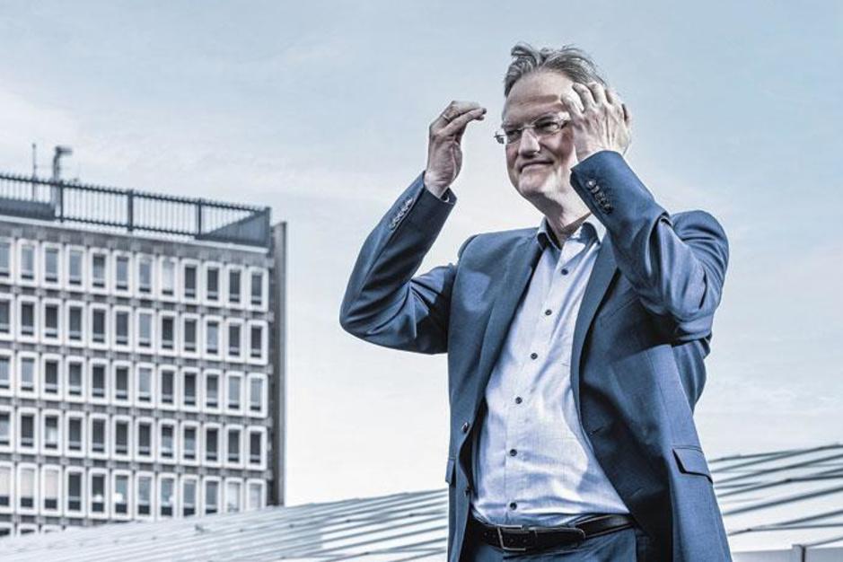 VRT-ombudsman Tim Pauwels: 'Ik kreeg zelfs klachten dat Marc Van Ranst overdreven vaak werd onderbroken'