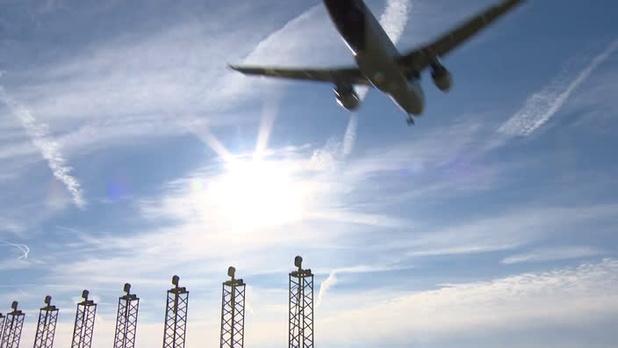 De nombreuses compagnies aériennes suspendent leurs survols de l'Iran et de l'Irak