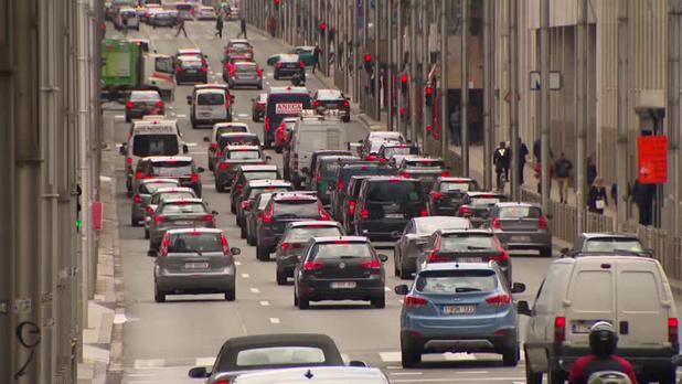Ultiem plan Hoofdstedelijk Gewest moet Vlaanderen verleiden tot kilometerheffing