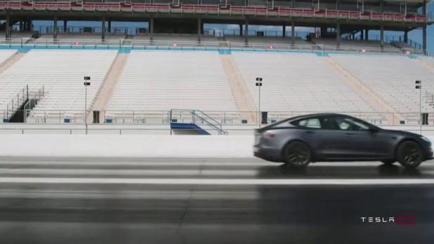 Crash-tests sur la Tesla Model S Plaid