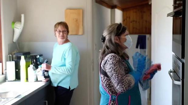 Trois aide-ménagères sur quatre disent avoir du mal à joindre les deux bouts