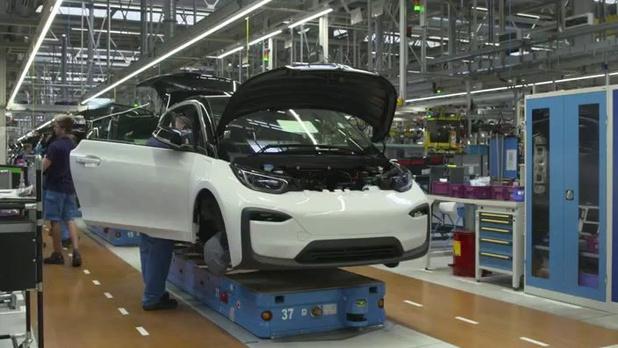 """L'industrie automobile européenne doit-elle craindre un """"séisme"""" en cas de Brexit sans accord?"""