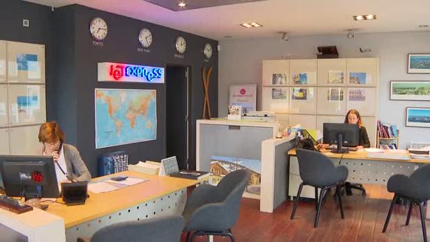 Une vente aux enchères de mobilier de Thomas Cook a rapporté 260.000 euros
