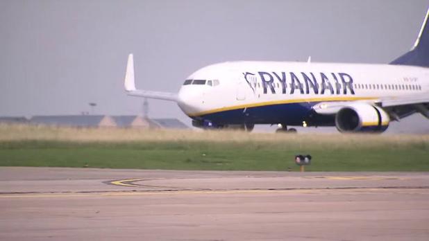 La perte de Ryanair s'accroît au 1er trimestre mais la reprise est attendue
