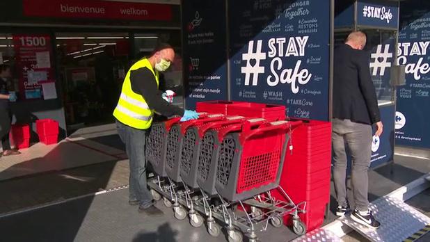 Les syndicats demandent la réintroduction du caddy obligatoire et du steward à l'entrée