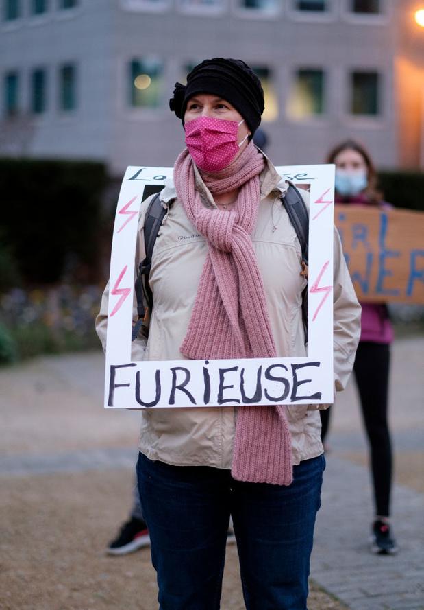 """Les militantes féministes appellent à devenir """"plus virales que le Covid"""""""