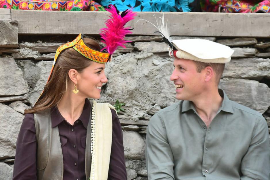 En images: Kate et William observent in situ les conséquences du réchauffement climatique