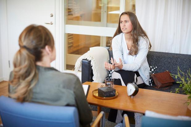 """Bezoek psycholoog wordt terugbetaald: """"Geen doorverwijzing arts maakt gzz wellicht laagdrempeliger"""""""