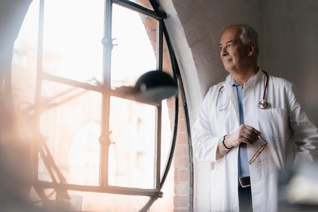'Meeste artsen blijven werken na hun 65'