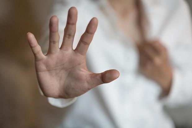 Bejaarde die 49 jaar jongere vrouw verkrachtte, moet niet naar de cel